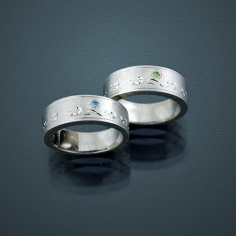 海をイメージした彫刻指輪